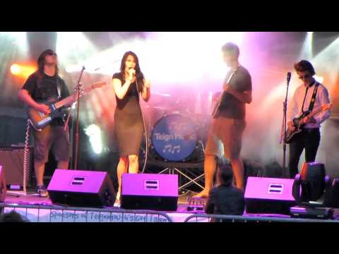 Crystal Hearts Teignmouth's Got Talent Final - Make It Wit Chu by Queens Of The Stone Age