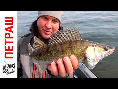 рыбалка ранней весною  от лодки