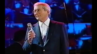 Perry Como And I love You So Live 1994