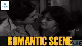 Sheela and Prem Nazir Romantic Scene ||  Nazhikakallu
