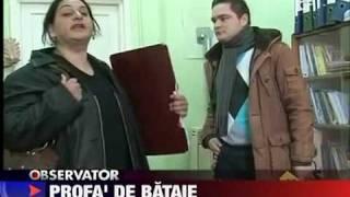 profesoara lovita de un politist (teacher snaped by a policeman  :)) )
