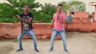 Athiloka sundari....videosong.....sanjay and swaraj dancing with this song