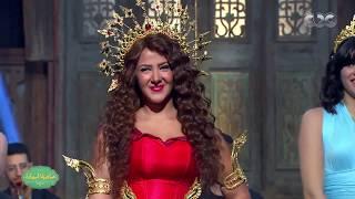 صاحبة السعادة| دنيا سمير غانم تفاجيء صاحبة السعادة وتشعل المسرح