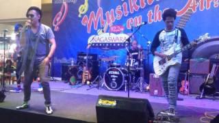 Perform Jaluz Band