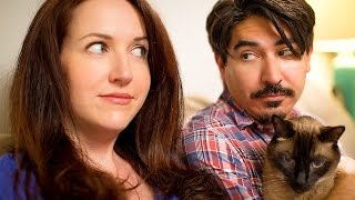Weird Things Pregnant Couples Do With Their Cats