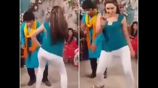 Tight Mujra Dance on Saraike سرائیکی Song