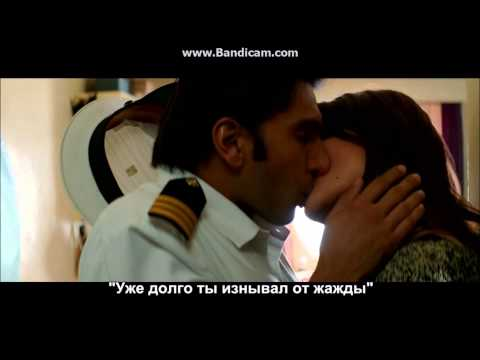 Ranveer Singh and Anuska Sharma hot kissing scenes