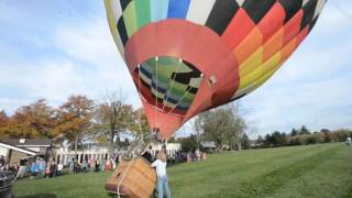 Kids learn about hot air balloons 10-22-15