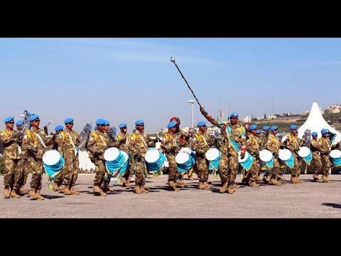 Aksi Drum Band TNI Pukau Masyarakat Lebanon