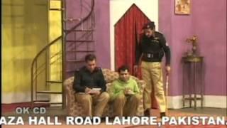 Uncle Majnu Aunty Heer - Full Pakistani Stage Show @ OnlineHindustan.com