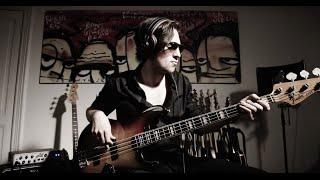 Mart - Mark Ronson - Uptown Funk ft. Bruno Mars (Bass Cover)