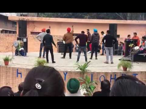 Xxx Mp4 Laembadgini Diljeet Performed By Scd Govt College Boys 3gp Sex