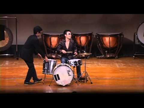 シーマ=ザッキーのドラムパフォーマンス