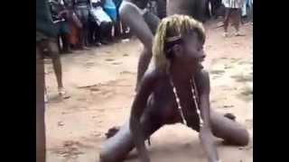 ghana girls dancing nakèd in public