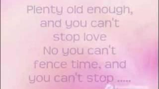 Sara Evans ~Suds In The Bucket Lyrics