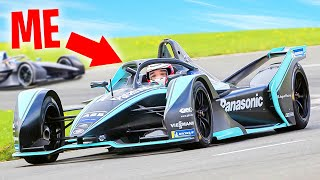 GAMER vs. PROFESSIONAL RACE CAR DRIVER!