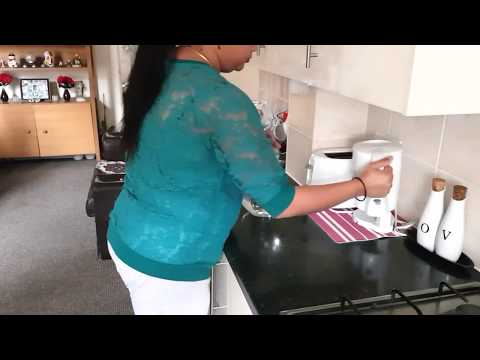 Xxx Mp4 INDIAN MOM BUSY MORNING ROUTINE Indian NRI Mom S Morning Rajma Missi Roti And Potato Sandwich 3gp Sex