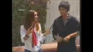 Rebelde Capitulo 169 - Roberta escucha Navarro hablando con Diego y agarra su celular