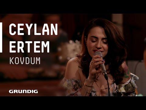 Ceylan Ertem Kovdum Akustikhane sesiniaç