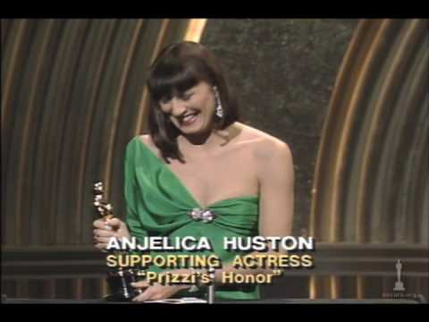 Anjelica Huston Wins Supporting Actress 1986 Oscars