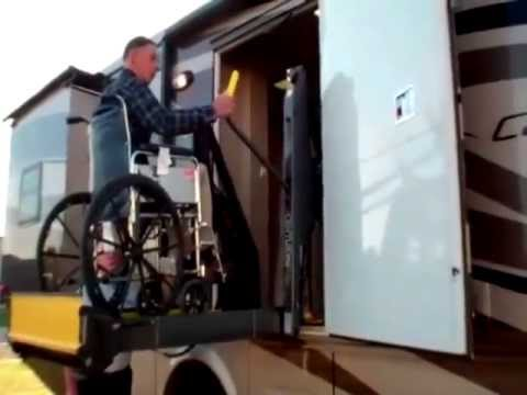 Newmar Canyon Star 3911 Wheelchair Accessible Motorhome