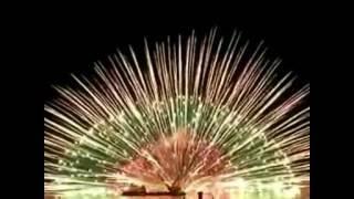 Pesta Kembang Api Terbesar Di Dunia Yang Menghebohkan..