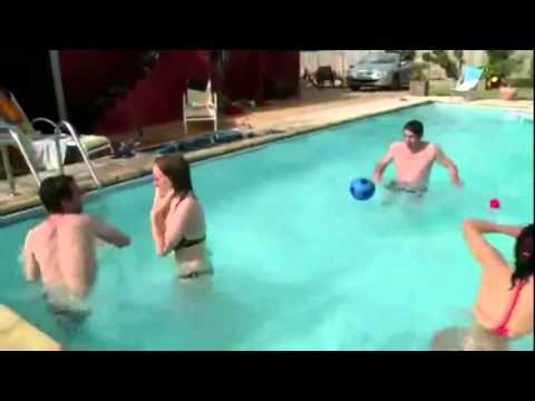 Não pule na piscina quando tiver uma caganeira