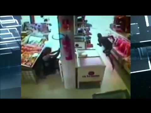 Policial feminina reage e mata ladrão