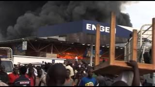 Le Marché Central de Bujumbura en feu.mp4