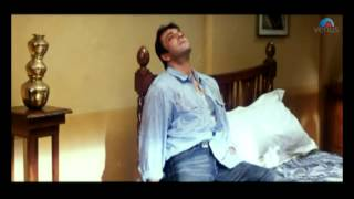 Sanjay Dutt shoots himself (Hathyar)