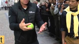 Shane Warne, How to spin a cricket ball