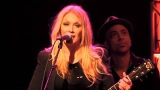 Nancy Wilson Heart's These Dreams/Liv Warfield BlackBird/Roadcase Royale Insaniac Live 2017