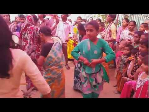 Xxx Mp4 Hindu Barir Biyer Dance হিন্দু বাড়ির বিয়ের নাচ Boudir Hot Dance 3gp Sex
