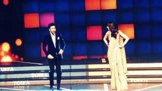 Great act of Ranbir and Anushka  imitating Bollywood actors in TOIFA 2013