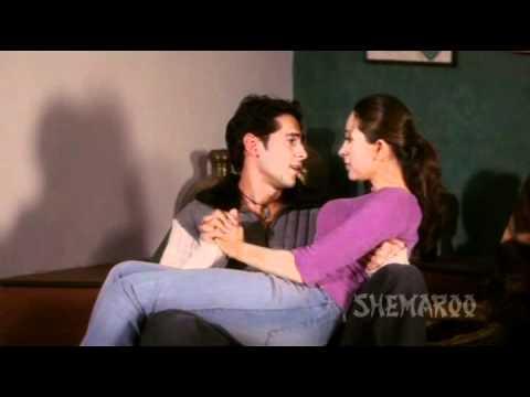 Xxx Mp4 Baaz Karishma Kapoor Dino Morea Raj Pampers Neha Best Hindi Romantic Scenes 3gp Sex
