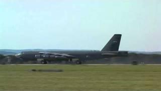 Dny NATO / NATO Days 2010, Odlet B-52