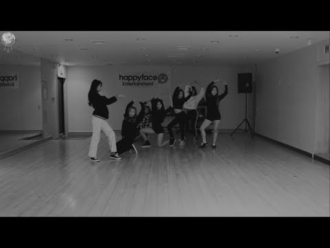 Download DREAMCATCHER(드림캐쳐) 'Full Moon' 안무영상(연습실 VER.)
