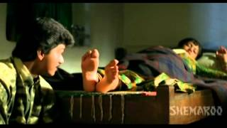 Vijay Worships Sangha's Anklet Feet