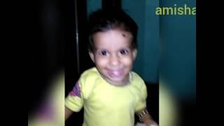 Baby dancing paisa mila