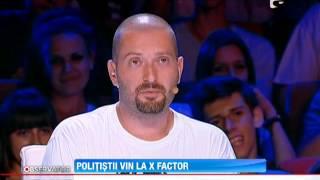 Politistii iau cu asalt scena X Factor!