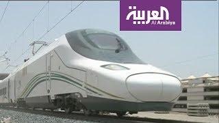 الملك سلمان دشن أول قطار كهربائي سريع