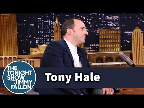 Tony Hale Is Pretty Sure His Wife Doesn t Like Him