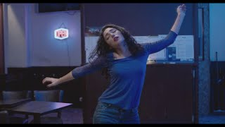 Golshifteh Farahani dancing [Two Friends/ Les deux amis]