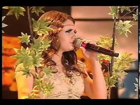 Ana Clara cover de Paula Fernandes no Famoso Quem