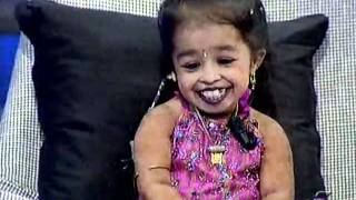 Small girl Jyoti want to be film star in India