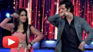 Hrithik Roshan Dances With Madhuri Dixit  - Jhalak Dikhhla Jaa 6 Finale