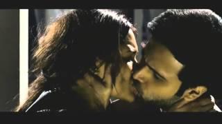 (HD) Raaz 3: Esha Gupta Full Kissing Scene