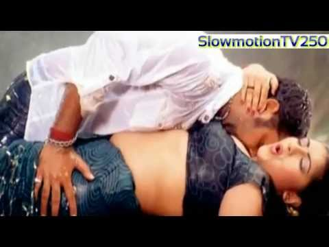 Enjoy Hot Scenes of Bhojpuri Actresses in slowmotion