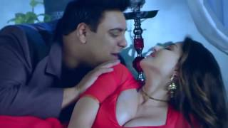 2016 Sunny Leone's Close Video with Her  X Husband