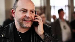 Bad Hostage Negotiator (with Rob Corddry)